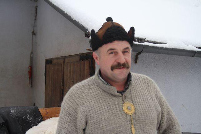 Pan Ludwik z Zakopanego, zapytany o to, jaka będzie pogoda, przypomina stare góralskie powiedzenie.