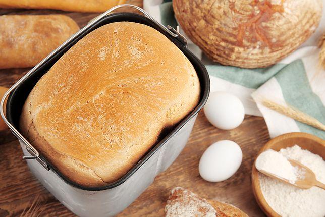 Będzie pachniało w całym domu! Najchętniej kupowane wypiekacze do chleba