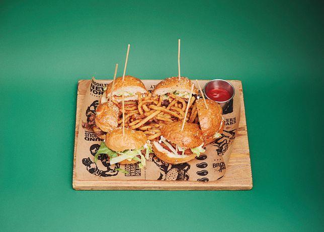 Brooklyn Delivery, czyli najlepsze burgery w dostawie niemal w całej Warszawie