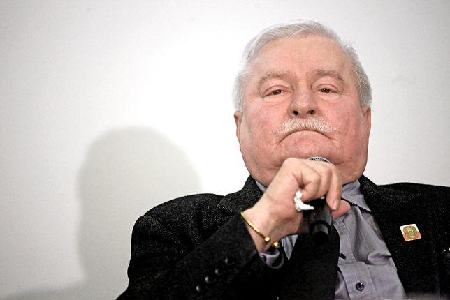 Kontrmanifestanci opuścili pl. Zamkowy. Jest komentarz Lecha Wałęsy