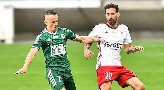 Śląsk Wrocław pokonał u siebie ŁKS 4:0.