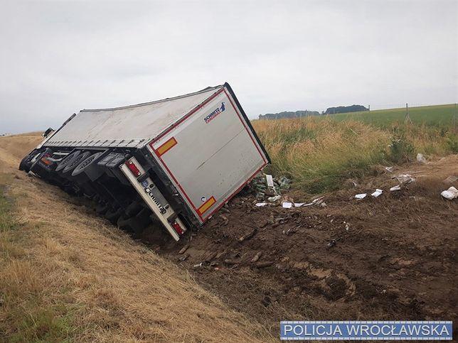 Wrocław. Wypadek na A4. Kierowca ciężarówki zasnął za kierownicą