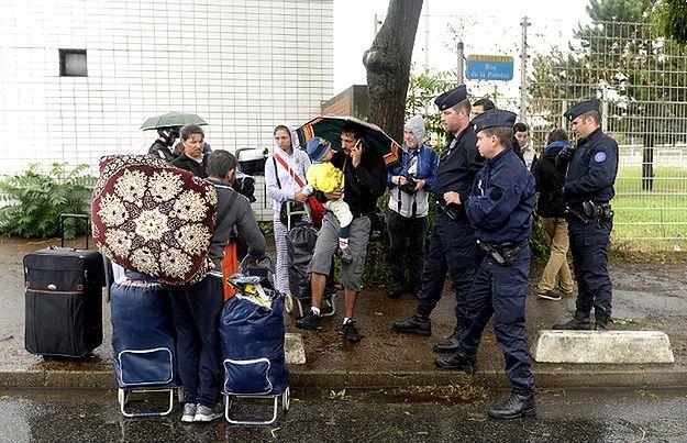 Policja zlikwidowała na przedmieściach Paryża najstarszy obóz Romów