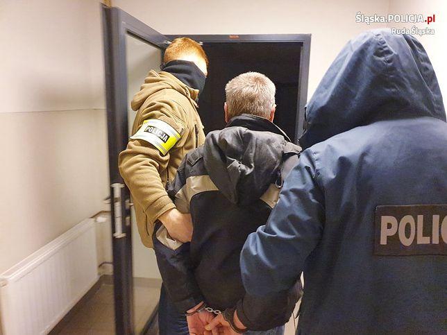 Policjanci z Rudy Śląskiej zatrzymali podejrzanego o zabicie 59-letniego mężczyzny.