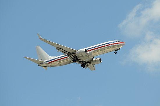 Nagi pasażer zawrócił samolot