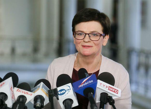 Krystyna Szumilas o podpisanym przez szefową MEN rozporządzeniu: to polityczna podstawa programowa PiS