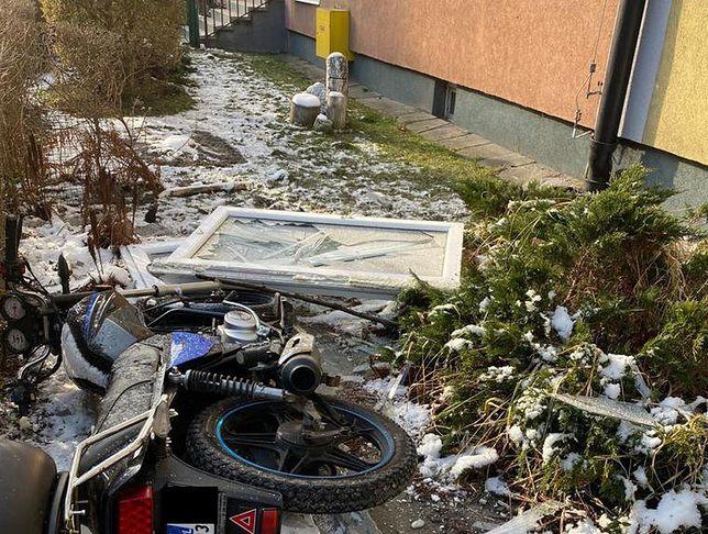 Śląsk. Policja prowadzi dochodzenie w sprawie wybuchu w bloku przy ul. Przedwiośnie w Gliwicach Sośnicy.