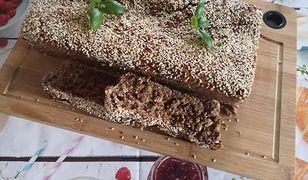 Chleb orkiszowy z nasionami
