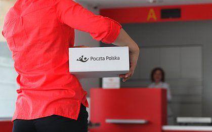 Poczta Polska wprowadziła płatność kartą. Uważaj, możesz zapłacić słoną prowizję