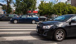 W Polsce przejście nie jest dla pieszego bezpieczną przystanią. Wszelkie zmiany trzeba poprzedzić edukacją