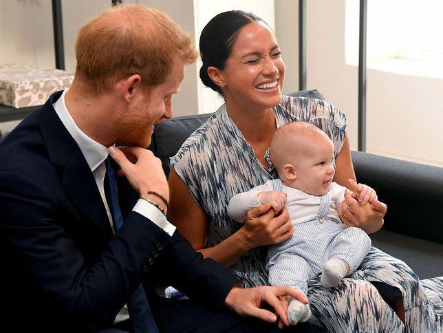 Meghan, księżna Sussex, oraz jej mąż Harry i syn Archie odbywają podróż po Afryce