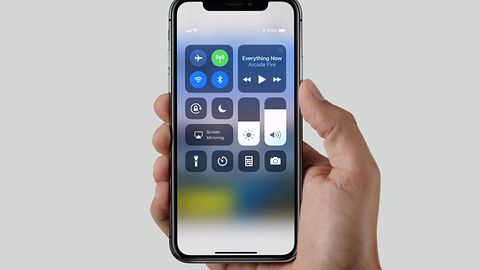 iOS 11: jest sposób na ominięcie ekranu blokady i uszkodzenie systemu