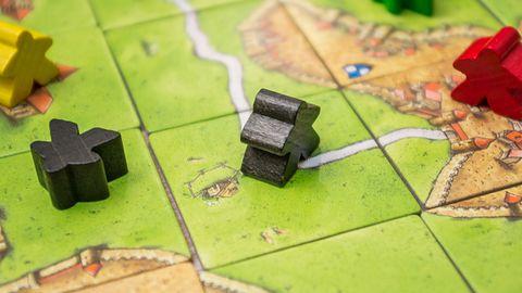 Carcassonne – miasta, drogi i pola na stole i tablecie