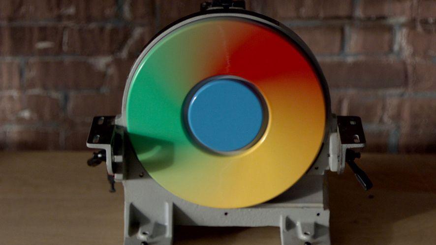 Chrome się zamyka: koniec ze swobodą instalacji rozszerzeń na Windows i wtyczkami NPAPI na Linuksie