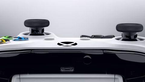 Poprawiony kontroler Xboksa One z Bluetooth i lepszym plastikiem