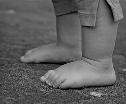 Olsztyn. 2-letni Szymonek zmarł w szpitalu. Rodzice dziecka zatrzymani