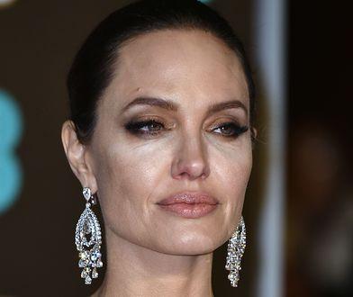 Przeraźliwie chuda Angelina Jolie. Sama skóra i kości