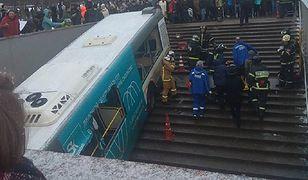 Autobus wpadł do przejścia i zabił 5 osób. Podali przyczyny