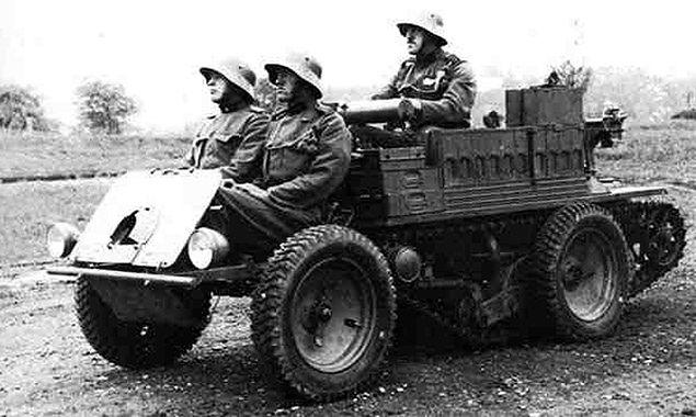 """Dziwny austriacki pojazd został """"czołgiem wolności"""""""