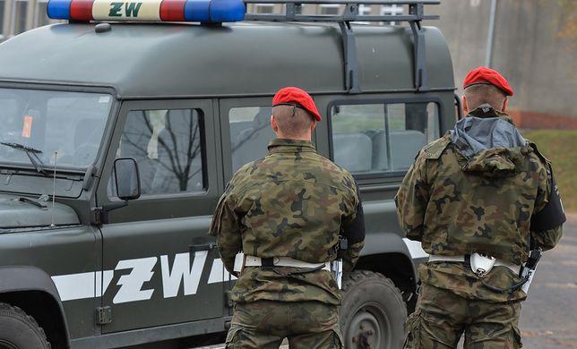 Lisów koło Radomia. Żołnierz przyznał się do ataku na żonę