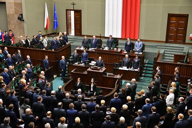 Jarosław Kaczyński nie przyszedł na sejmowe pożegnanie Pawła Adamowicza. Pojednania nie będzie