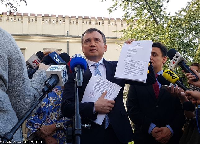 Prof. Czesław Kłak: wniosek Prokuratora Generalnego ma charakter prawny, a nie polityczny