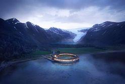 Norwegia kusi turystów. Niesamowity hotel w kształcie pierścienia za Kołem Podbiegunowym