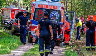 14-latek na motocyklu uderzył w drzewo. Tragiczny finał