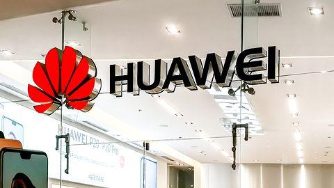 Huawei za darmo zabezpieczy twój smartfon folią ochronną. I jeszcze dorzuci prezent