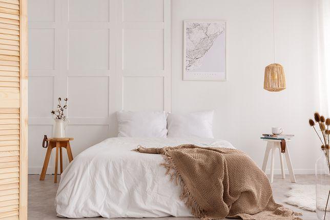 Jakie łóżko wybrać do małej sypialni?