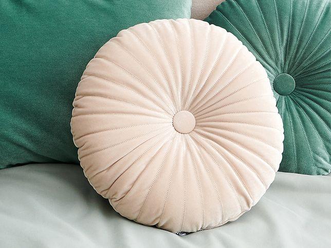 Jak dobrać poduszki dekoracyjne w zależności od stylu wnętrza?