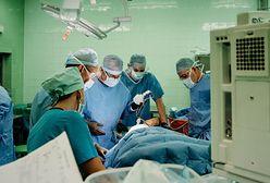 """Śląskie. Usunąć megaguza i wszczepić kość 3D? Ortopedzi z Gliwic mówią """"tak!"""""""