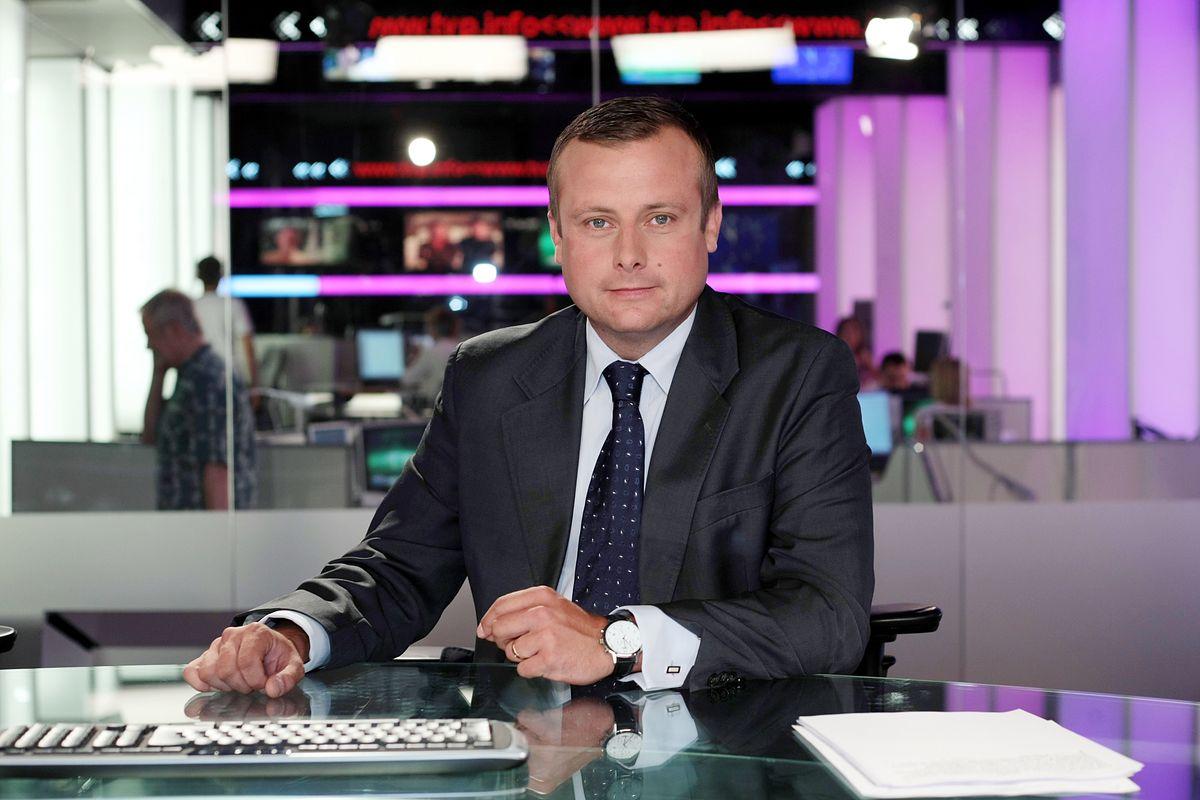 """Dziennikarz TVP Info przeprosił Joachima Brudzińskiego za """"odwal się pan"""""""