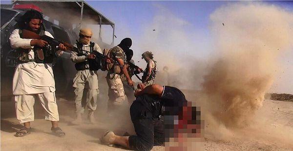 Dżihadyści z ISIL przeprowadzają egzekucję w Iraku