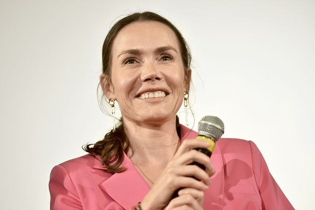 Olga Bołądź jeszcze jako brunetka