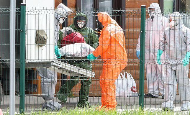 """Koronawirus. Polska. Mikrobiolog dr Tomasz Ozorowski uważa,że za bardzo """"limitujemy wykonywanie badań"""""""