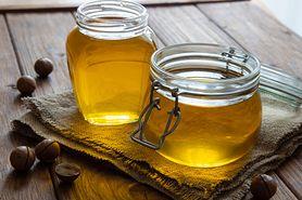 Olej makadamia – właściwości i zastosowanie na ciało, twarz i włosy