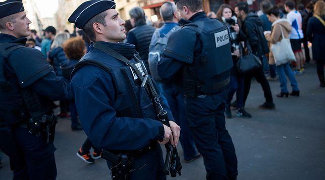 Francja ostrożna przed wyborami. Wysyła na ulice tysiące funkcjonariuszy