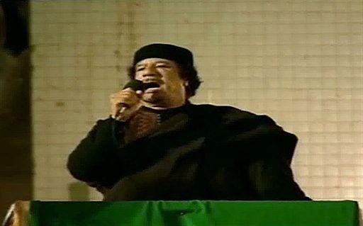 """""""Kadafi chce odejść z godnością"""" - jest już za późno?"""