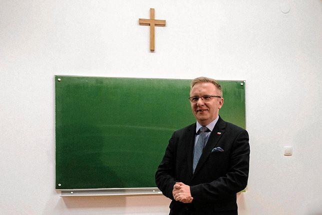 """Krzysztof Szczerski jest zdania, że protestujący przeciwko zaostrzeniu ustawy aborcyjnej uważają, że """"walczą z państwem"""""""