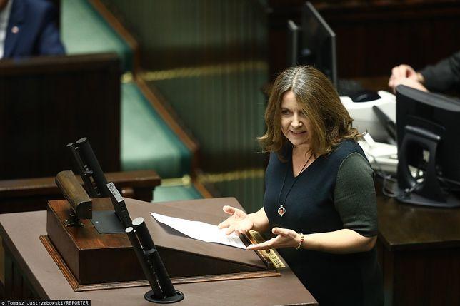 Sejm. Na mównicy Joanna Lichocka