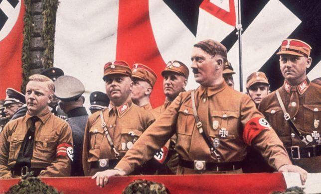 Unity Mitford z Fritzem Stadelmannem, adiutantem Hitlera, w Berlinie w 1933 r.