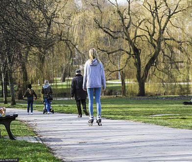 Spacer, rower, odwiedziny narzeczonej, wizyta w warsztacie samochodowym czy wyjazd na ryby. Wyjaśniamy, co wolno w nowej rzeczywistości