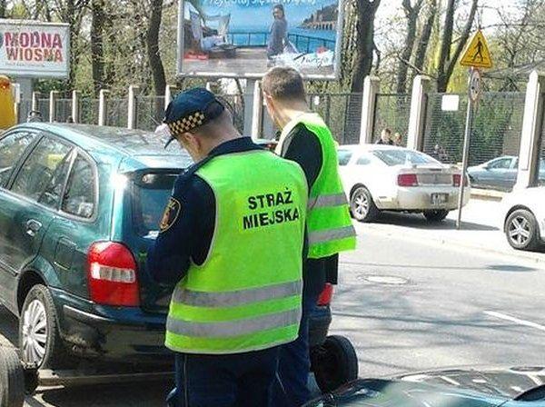 Ile zapłacimy za odholowanie pojazdu w Warszawie w 2015 roku?