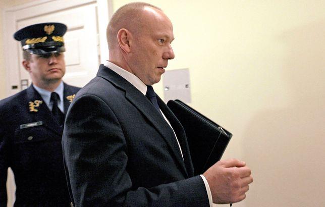 W grudniu 2016 r. prokuratura postawiła gen. Pytlowi zarzuty przekroczenia uprawnień.