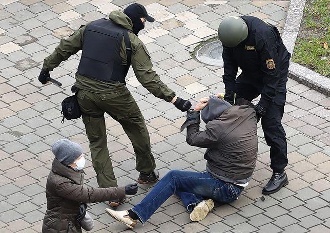 """Białoruś. Kolejna akcja protestacyjna i """"łapanka"""" milicji"""
