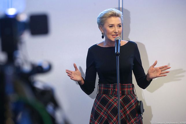 Agata Duda w spódnicy z sieciówki. Kosztuje 199 zł