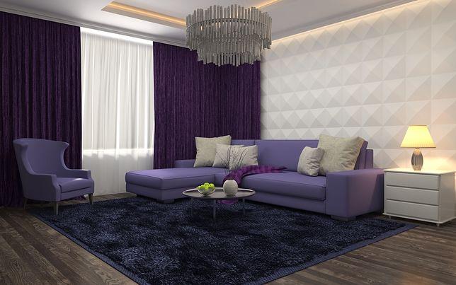 W połączeniu z podświetlanym sufitem panele ścienne tworzą oryginalne i nowoczesne wnętrze