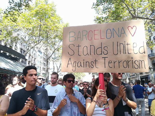 Marsz przeciwko terroryzmowi w Barcelonie