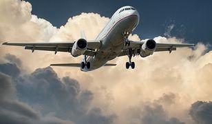 startujący samolot